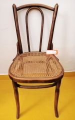 chaise bistrot Thonet - assise cannée