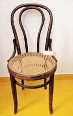 chaise bistrot Thonet - assise ronde cannée